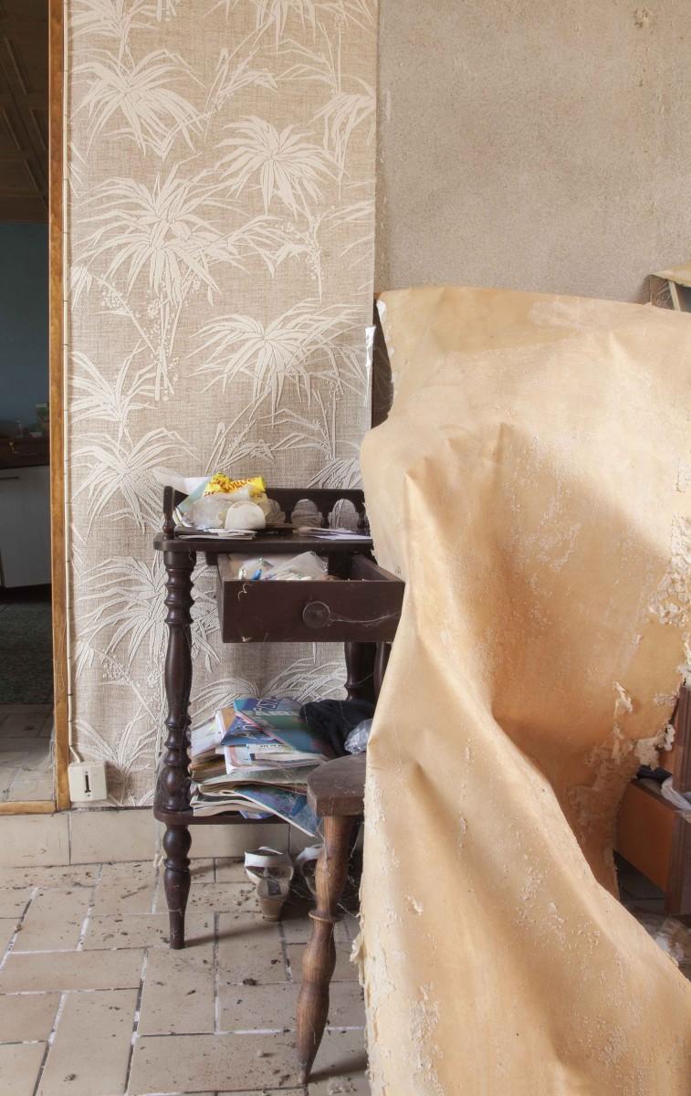 marielle penrhyn lowe une femme meurt et alors. Black Bedroom Furniture Sets. Home Design Ideas
